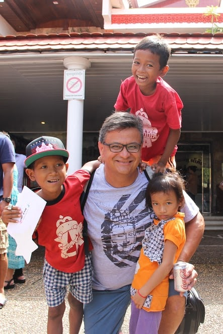YMCA Long Beach trip organizer Bob Cabeza (center). • Courtesy Photo